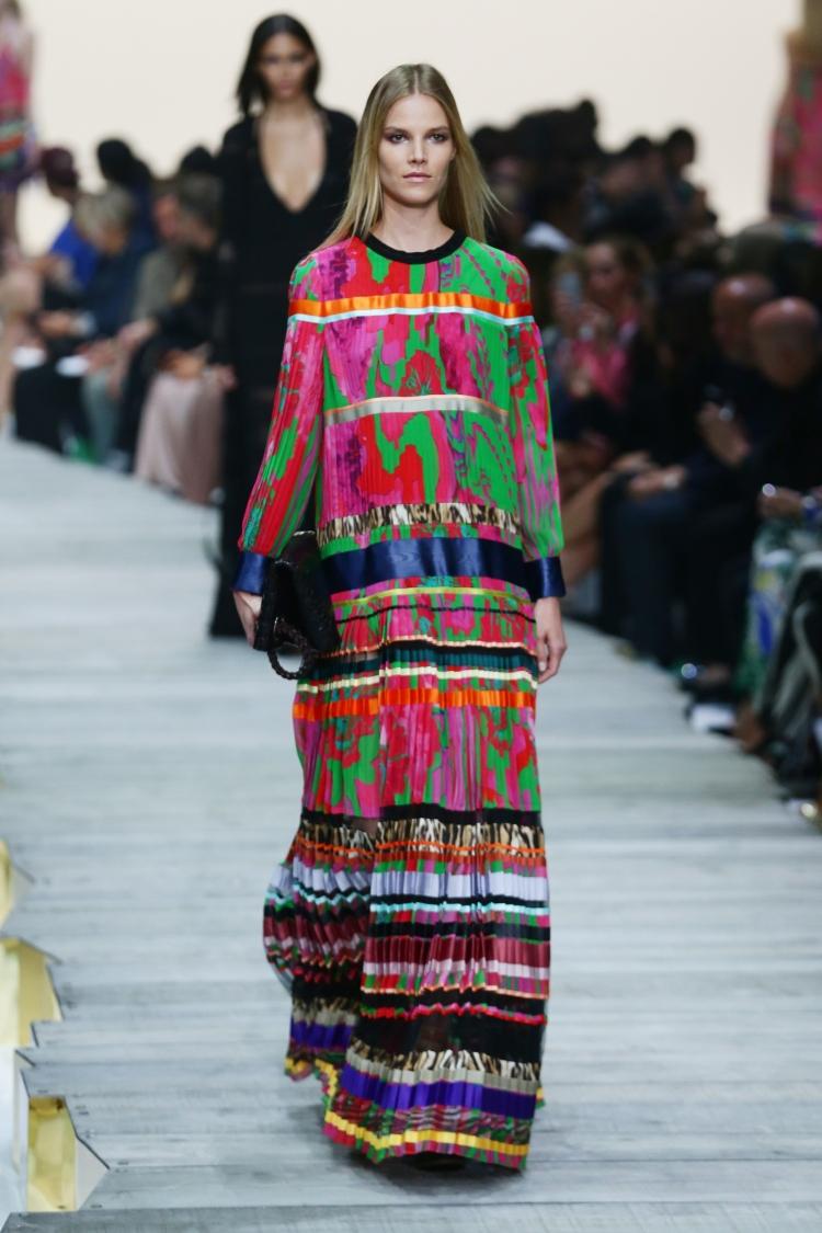 roberto-cavalli-runway-milan-fashion-week-womenswear-spring-1